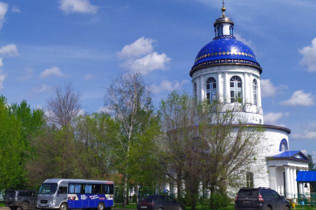 Свято-Троицкий храм в Бондарях