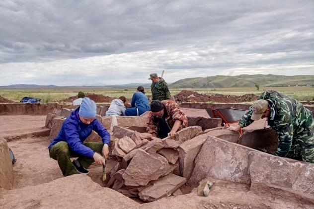 Экспедиция «Тайны древних художников Сибири»
