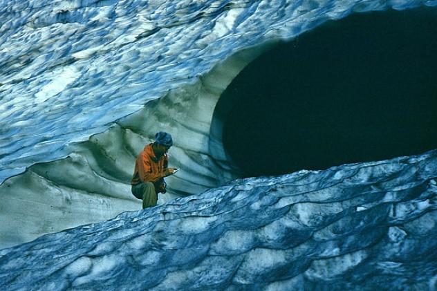 Шпинь П.С. и ледник