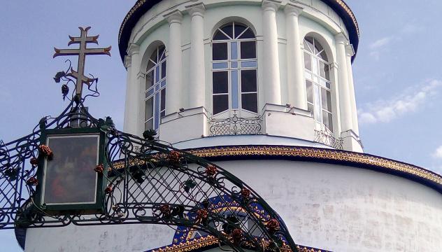 Храм построен по проекту Казакова