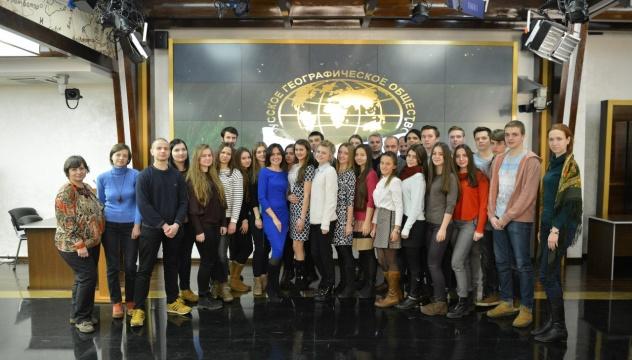 Анастасия Чернобровина с гостями кинопоказа