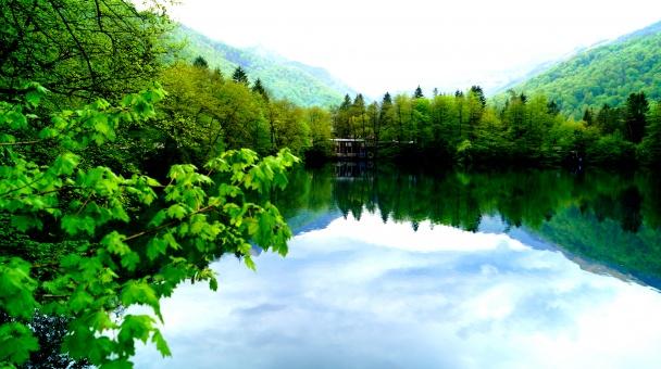 Голубое озеро — бриллиант Кабардино-Балкарии