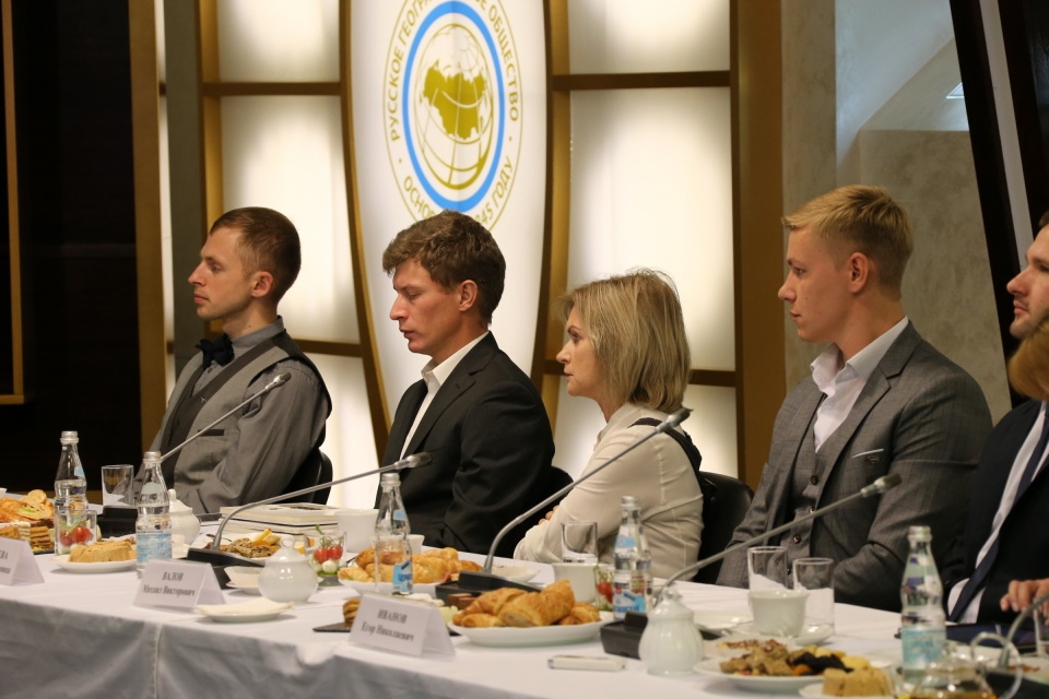 Заседание Медиаклуба Русского географического общества